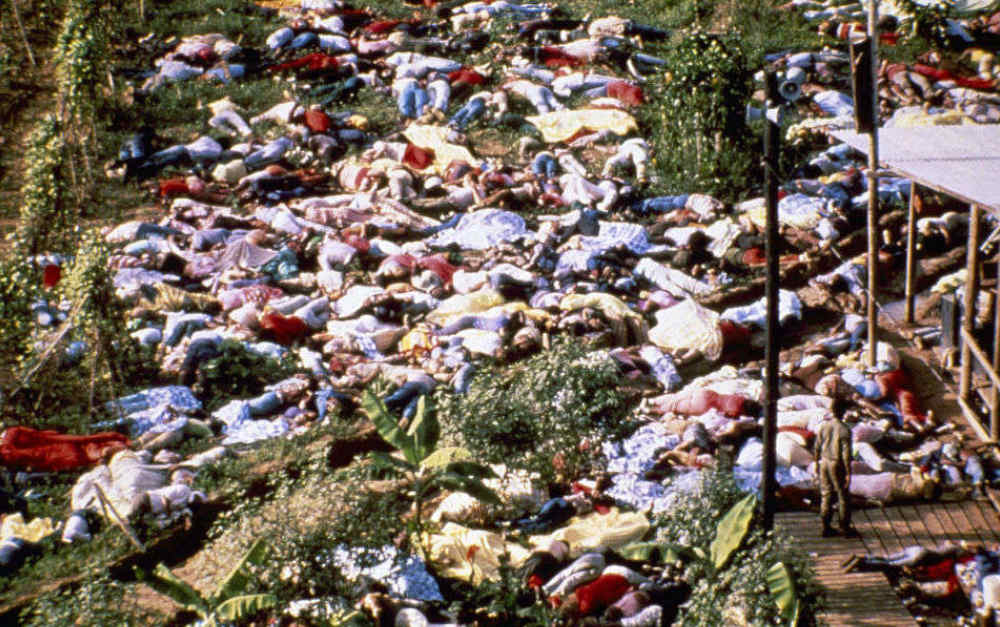 Il Suicidio di Massa di Jonestown